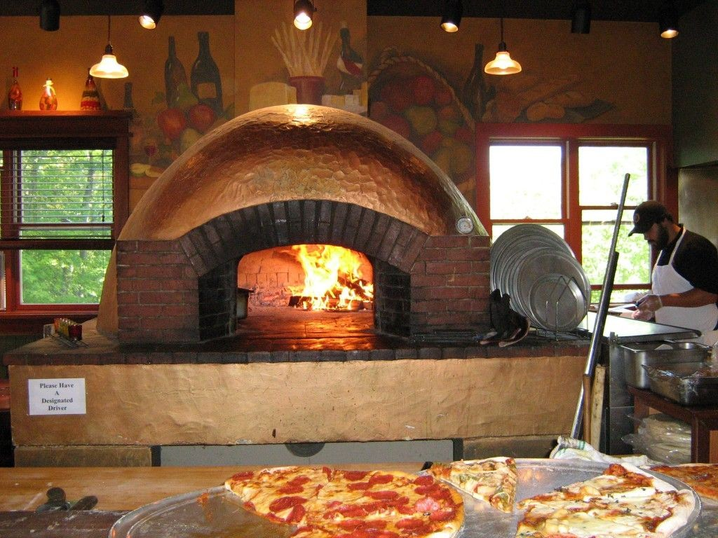 lò nướng pizza xây bằng gạch