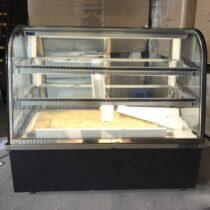 Tủ bánh kem Berjaya kính cong CCS18SB13-2FB