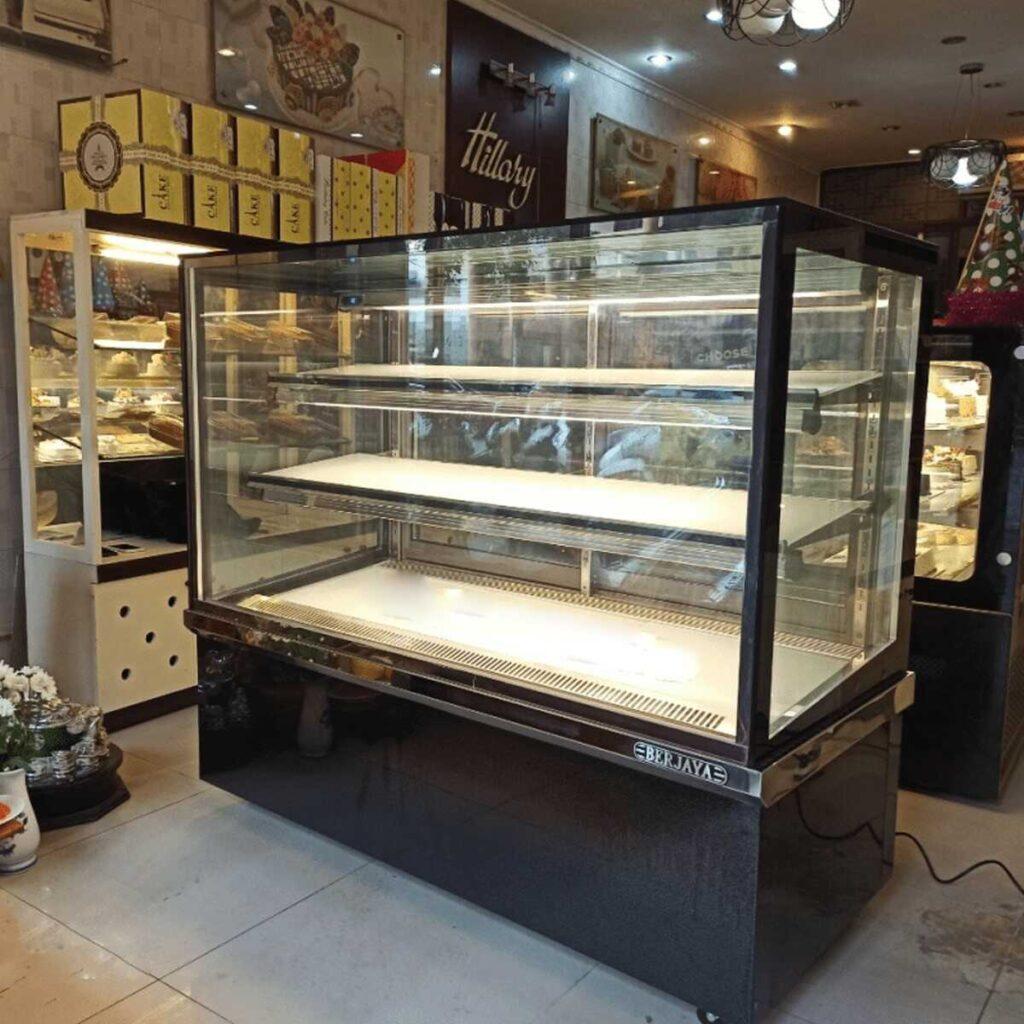 Tủ trưng bày kính vuông Berjaya RCS15SB13-2FB