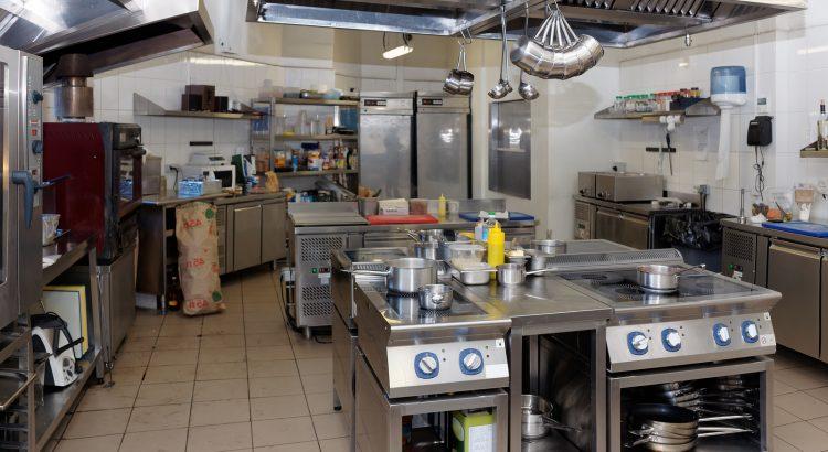 Báo giá thiết bị bếp công nghiệp, giá thiết bị bếp công nghiệp, giá thiết bị bếp nhà hàng, bếp công nghiệp, bếp nhà hàng, thiết bị bếp nhà hàng, báo giá bếp