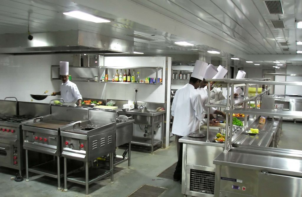 Bếp ăn công nghiệp tại Âu Á