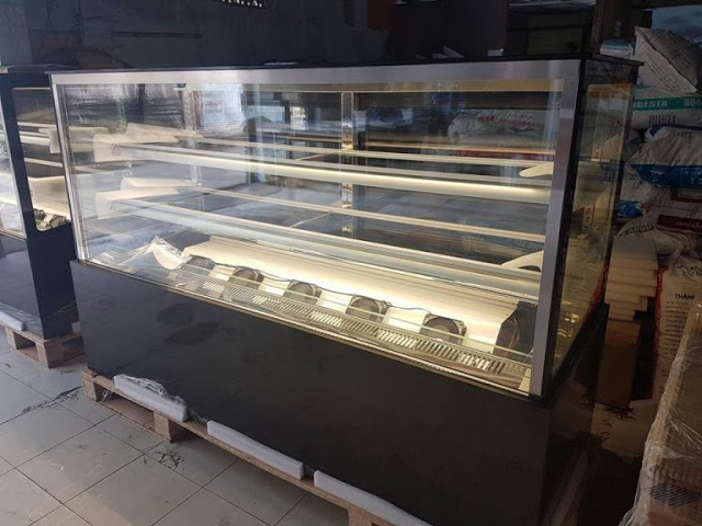 Tủ trưng bày dành cho các tiệm bánh hiện đại và phong cách