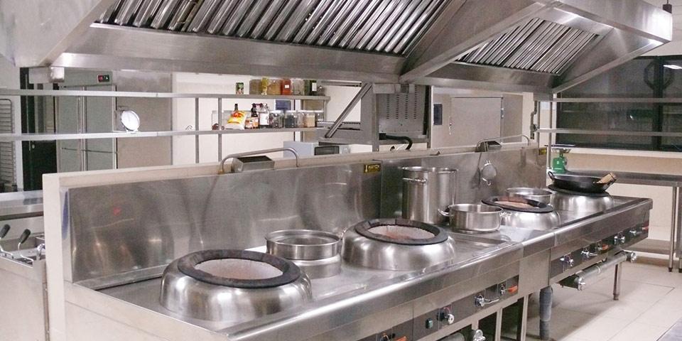 Thiết bị bếp gia công inox đa dạng, phong phú